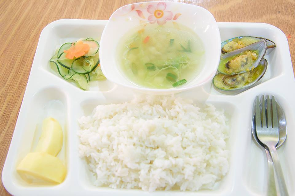 食事4 (1)