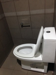 28.トイレ