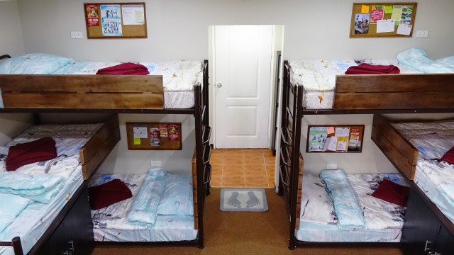s_Room for 6 (2)