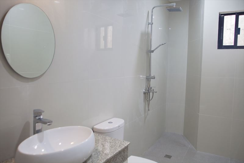 annex-bathroom2