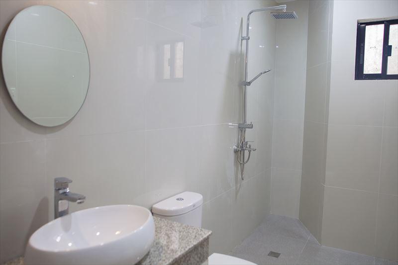annex-bathroom2