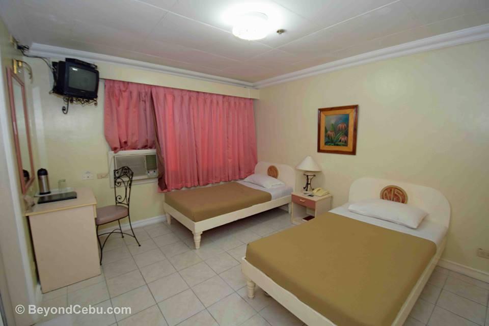 royal-pensione-room